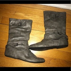 Shoes - Gray boots women's size 8.5 casual